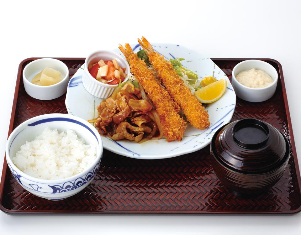 海老フライと旨辛ポーク定食