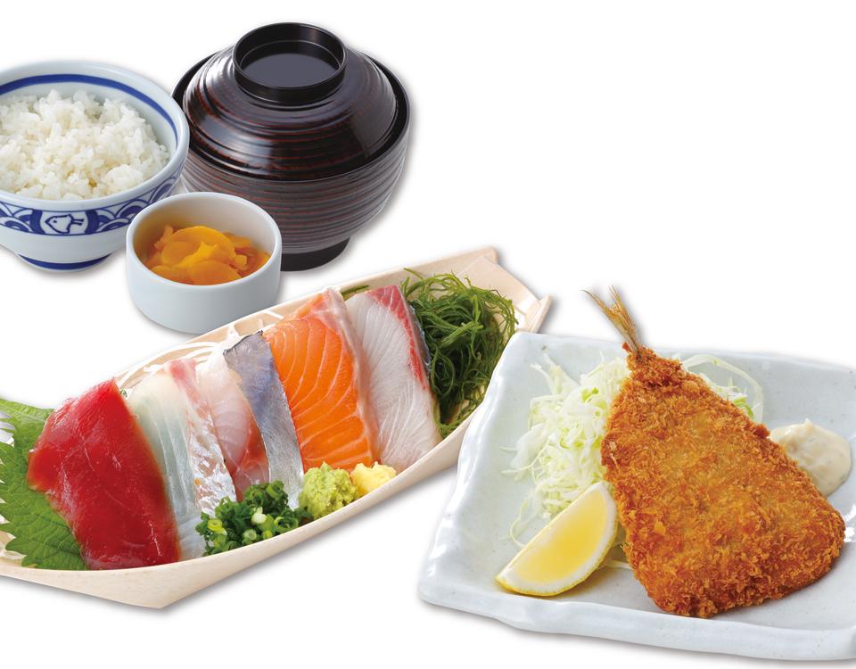 お刺身とアジフライ定食