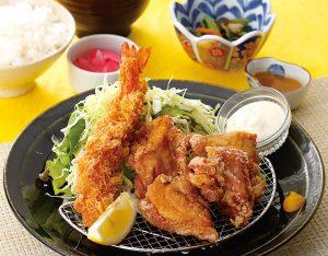 海老フライと唐揚げ定食のイメージ