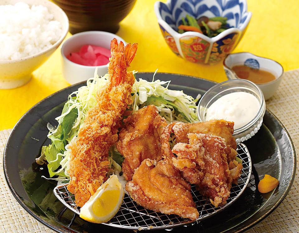 海老フライと唐揚げ定食